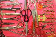 Accumulazione delle forbici molti tipi Fotografia Stock