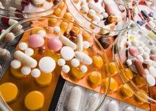 Accumulazione delle medicine - pillole Immagine Stock Libera da Diritti