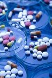 Accumulazione delle medicine - pillole Fotografie Stock