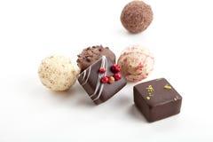Accumulazione delle praline differenti del cioccolato Fotografie Stock Libere da Diritti