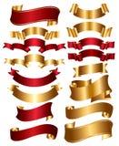 Accumulazione di colore rosso e dei nastri dell'oro Immagini Stock Libere da Diritti