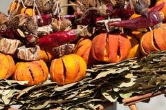 Accumulazione di frutta secca, delle verdure e delle spezie Fotografie Stock