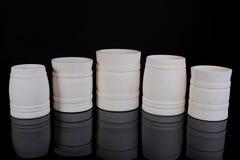 Accumulazione di immagine dei vasi di legno per la cucina Immagini Stock