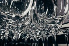 Accumulazione di vetro di cocktail - vetri di vino Fotografia Stock