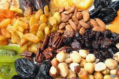 Accumulazione secca della frutta e delle noci Fotografia Stock