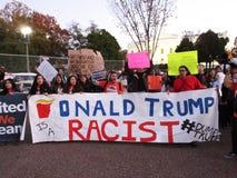 Accusa di razzismo contro Donald Trump Fotografia Stock Libera da Diritti
