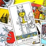 Ace amour de carte de tarot de tasses du nouvel aiment des débuts de Joy Happiness Happy News Contentment de partager au grand co illustration stock