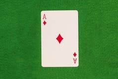 Ace auf grüner Tabelle Lizenzfreie Stockfotos