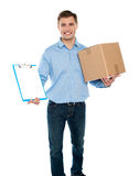 Aceite amavelmente a entrega. Serviços de correio Fotos de Stock