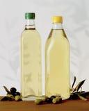 Aceite de oliva de la Virgen imagenes de archivo