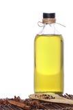 Aceite de oliva en la botella Imágenes de archivo libres de regalías