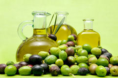 Aceite de oliva virginal adicional Foto de archivo libre de regalías