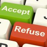 Aceite e recuse as chaves que mostram a aceitação ou a recusa Imagens de Stock