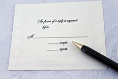 Aceite ou lamente a resposta a um partido ou a um casamento Imagens de Stock Royalty Free