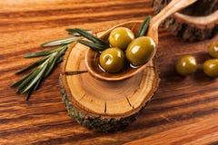 Aceite y aceitunas de oliva Fotografía de archivo