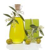 Aceite y jabón de oliva Foto de archivo libre de regalías