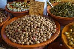 Aceitunas en un mercado Foto de archivo libre de regalías