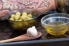 Aceitunas y aceite Imagen de archivo libre de regalías