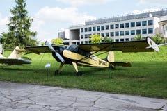 Acepille con el propulsor en museo de la aviación en Kraków Foto de archivo
