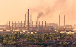 Acería, planta de la metalurgia Fábrica de la industria pesada fotos de archivo