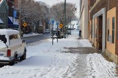 Acera nevada Foto de archivo libre de regalías