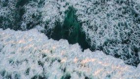 Acercamento do Oceano Pacífico imagens de stock royalty free