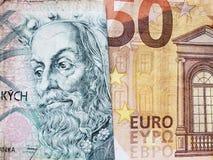 acercamiento al billete de banco checo del korun 100 y al billete de banco europeo del euro cincuenta