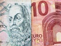 acercamiento al billete de banco checo del korun 100 y al billete de banco europeo del euro diez