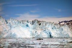 Acercamiento de la cara de un glaciar de la parida en el sonido de príncipe Guillermo Fotos de archivo libres de regalías
