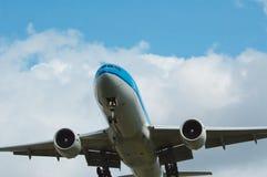 Acercamiento de los aviones imagenes de archivo