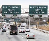 Acercamiento a la carretera de peaje de New Jersey Imagenes de archivo