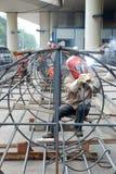 Acero chino de la soldadura del trabajador Foto de archivo