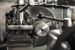 Acero de herramienta del trabajo de la máquina del torno de la industria foto de archivo libre de regalías