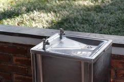 Acero inoxidable del refrigerador de agua Fotografía de archivo