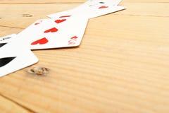 aces покер 2 карточек предпосылки черный Стоковые Изображения