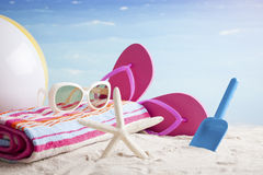 Acessórios da praia Conceito de férias de verão Foto de Stock Royalty Free