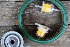 Acessórios das peças de automóvel: filtro do óleo, do combustível ou de ar para o carro do motor foto de stock royalty free