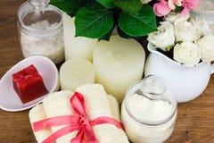 Acessórios do banho Artigos da higiene pessoal Fotografia de Stock