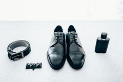 Acessórios do cavalheiro Grupo à moda do ` s do noivo Imagens de Stock Royalty Free