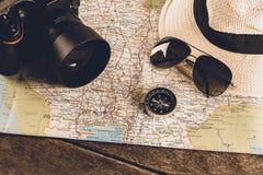 Acessórios do curso para a viagem do curso passports imagem de stock royalty free