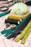 Acessórios verdes da costura Foto de Stock