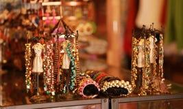Acessórios do vintage na rua árabe, Singapura Fotos de Stock