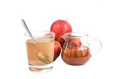 Aceto di sidro di Apple, un rimedio domestico ad infiammazione di gotta immagine stock