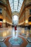 Achat dans le Galleria Vittorio   photo libre de droits