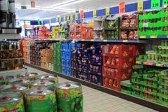 Achat dans le supermarket Photo stock