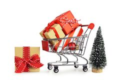 Achat de cadeaux de Noël photos stock