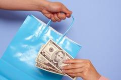 Achat et salaire Images stock