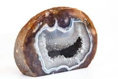 Achat mit Quarz Crytal auf weißem Hintergrund Stockfoto