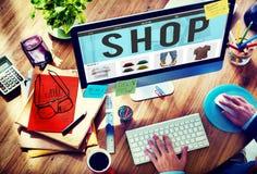 Achats d'achats de boutique payant le concept commercial de commande photo libre de droits