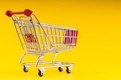 achats de l'image 3d produits par chariot Photo libre de droits
